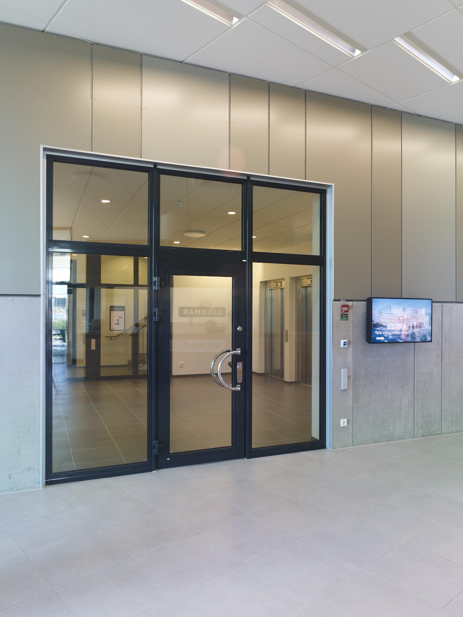 aluminiumdörr, aluminiumdörrar, glasparti, preconal, entré