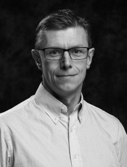 Pär Johnsson, ekonomichef
